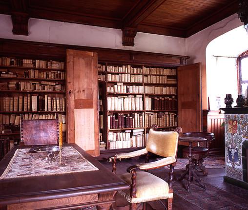 Bibliothek des ältesten Weinguts Deutschland