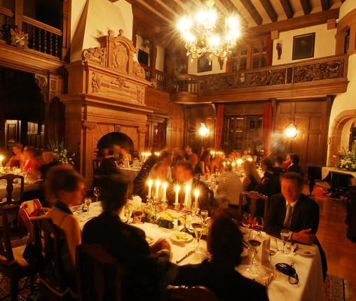 Räume buchen Schlosshalle